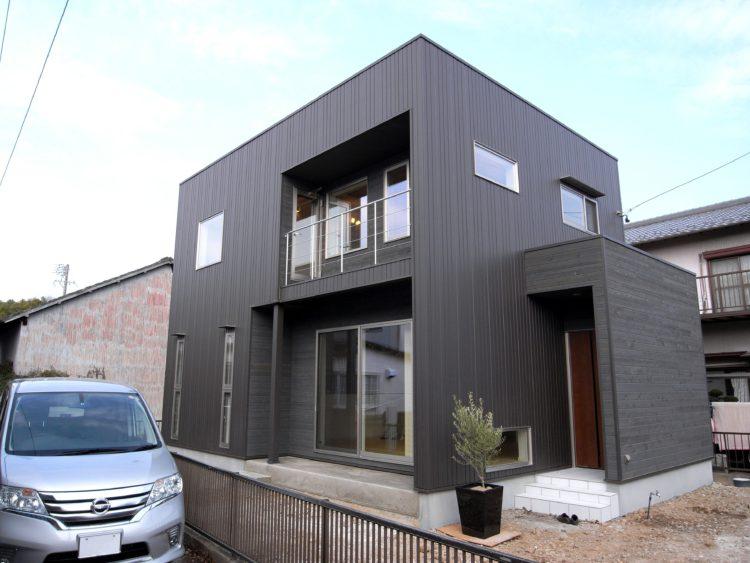 シンプルなBOXの外観。 コンパクトで機能的な間取り 一宮市住宅建築