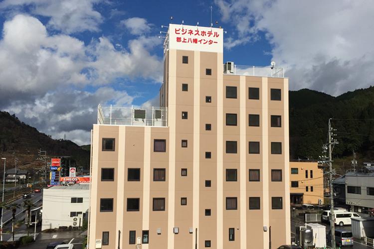 ホテルの外装塗り替え工事