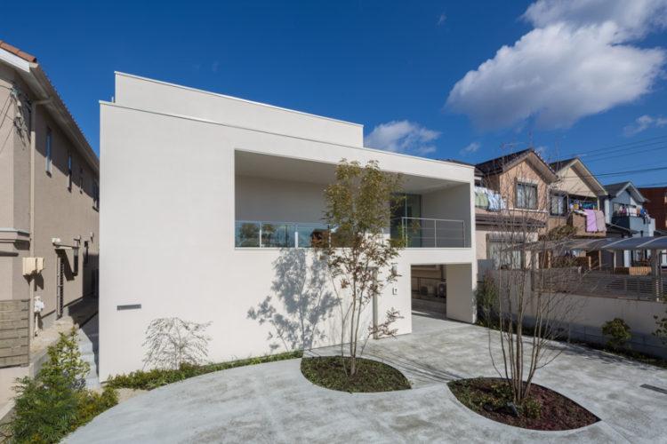 尾張旭市 ASJ建築家との家づくり インナーガレージのある家